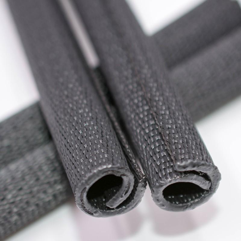 Gaine textile tubulaire résistante à la perforation